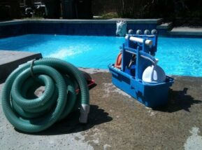 pool cleaning company