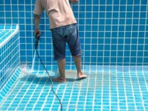 pool repair contractors