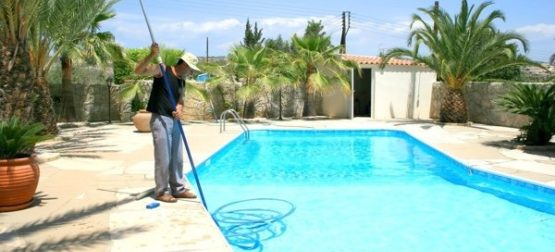pool leak detection service